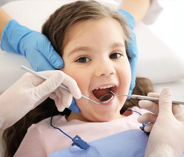 Çocuk Diş Sağlığında Pedodonti Uzmanı (Pedodontist) Takibinin Önemi